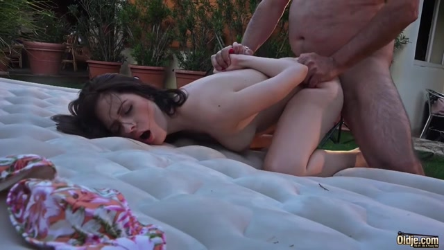 Watch Online Porn – Oldje presents Oldje 573 Rebecca Volpetti in Nothing But Sex (MP4, SD, 852×480)