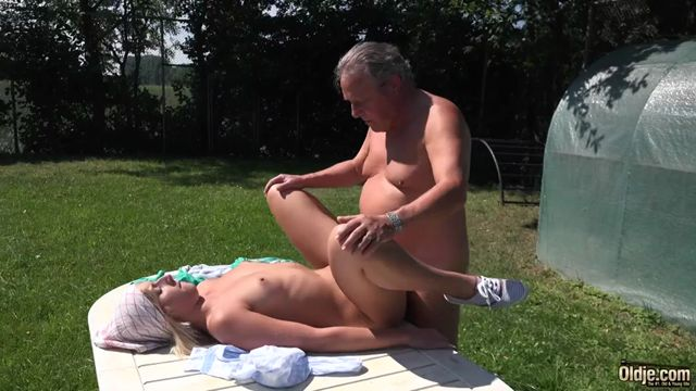 Oldje_presents_Oldje__571_Aria_Logan_in_Paunchy_Daddy_Sex.mp4.00006.jpg