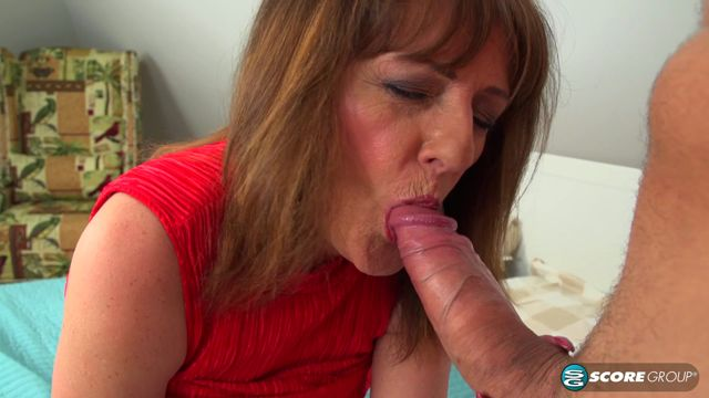 Pornmegaload_-_50PlusMilfs_presents_Pandora_in_Forget_the_pizza._This_MILF_is_hungry_for_cock_-_19.01.2017.mp4.00002.jpg