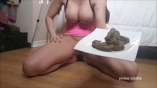 Scat_-_Sexy_girl_defecation_and_offers_feces.mp4.00012.jpg