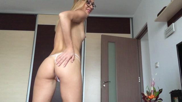 Watch Online Porn – Scatshop presents EllaGilbert – Ella Gilbert in 1st poop lick (MP4, FullHD, 1920×1080)