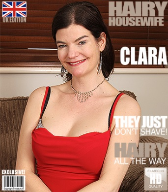 1_Mature.nl_presents_Clara__EU___40__in_British_hairy_housewife_fingering_herself_-_23.02.2017.jpg