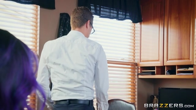 Brazzers_-_BigButtsLikeItBig_presents_Yurizan_Beltran_in_Yurizans_Cum_Addiction_-_21.02.2017.mp4.00001.jpg