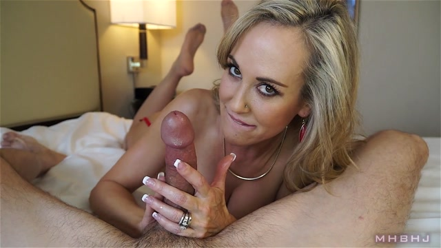 Clips4sale_-_MHBHJ_-_Marks_Head_Bobbers_and_Hand_Jobbers_presents_Brandi_Love_in_Brandi_-_06.02.2017_Super_Exclusive_.mp4.00008.jpg