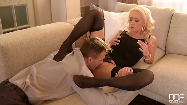 DDFNetwork_-_HotLegsAndFeet_presents_Christina_Shine_in_Toe_Loving_Philanderer__Sexy_Blonde_Gives_Him_Dream_Footjob_-_13.02.2017.mp4.00002.jpg