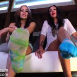 Goddess Jessica, Lindsey Leigh – Talking Down To The Foot Loser