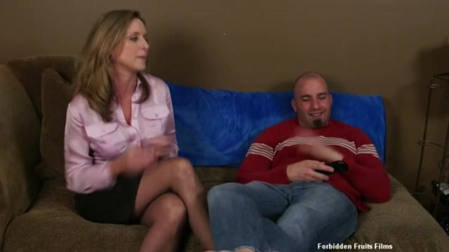 Watch Online Porn – Jodi West in A Mommy Fixation 2, Scene 4 (MP4, SD, 856×480)