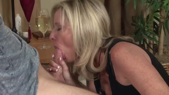 Watch Online Porn – Jodi West in Something for My Son (MP4, SD, 848×480)