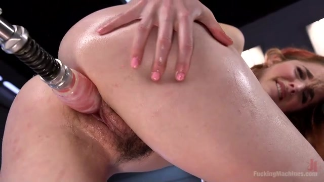 Kink_-_FuckingMachines_presents_Amarna_Miller_in_Spanish_Red_Head_Machined_Fucked_Into_Uncontrollable_Orgasms_-_15.02.2017.mp4.00010.jpg