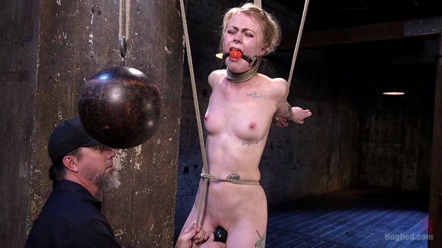 Kink_-_Hogtied_presents_Anna_Tyler_in_Suspension_Slut_Anna_Tyler_Succumbs_to_Squirting_Orgasms_-_02.02.2017.mp4.00006.jpg