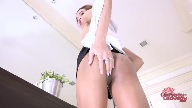 Watch Online Porn – Ladyboy-ladyboy presents Solo Sesh With Cutie May! – 21.02.2017 (MP4, HD, 1280×720)