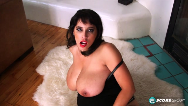 Watch Online Porn – PornMegaLoad presents Elle Flynn in Elles Big Bells – 06.02.2017 (MP4, FullHD, 1920×1080)