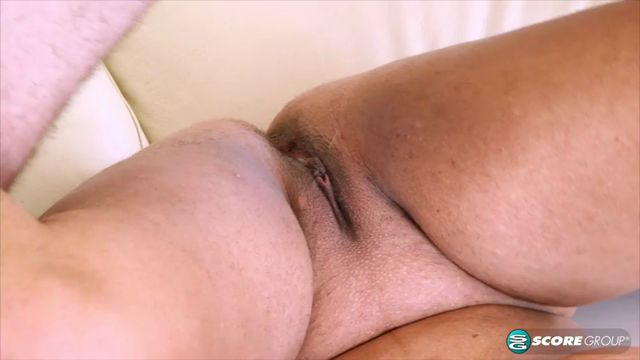 Watch Online Porn – Pornmegaload presents Roxi Red in Roxi Is Hot. Fix Her A_C – 01.02.2017 (MP4, SD, 854×480)
