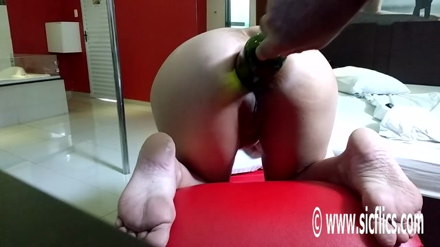 SicFlics_presents_Marias_anal_wine_bottle_fuck_-_15.02.2017.mp4.00003.jpg