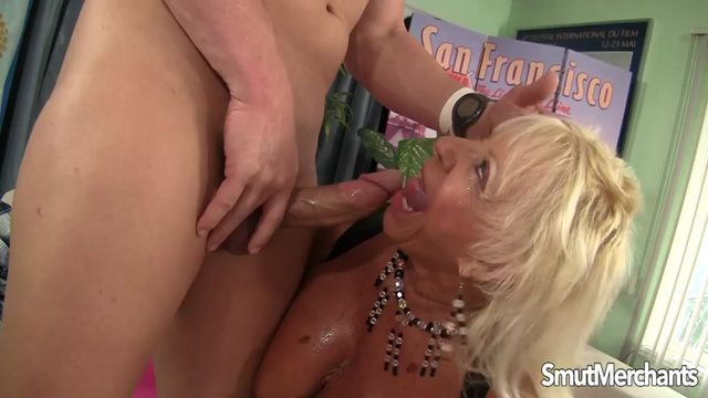 SmutMerchants_presents_Mandi_McGraw_-_28.02.2017.mp4.00002.jpg