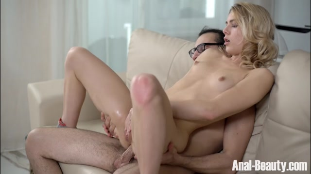 TeenMegaWorld_-_Anal-Beauty_presents_Alecia_Fox_in_Strawberry_blonde_anal_punishment_-_06.02.2017.mp4.00006.jpg