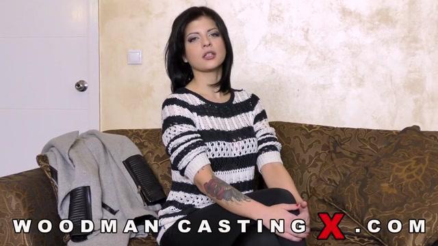 Watch Online Porn – WoodmanCastingX presents Rebecca Rainbow Casting – 31.01.2017 (MP4, HD, 1280×720)