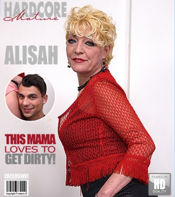 1_Mature.nl_presents_Alisah__42__in_horny_housewife_doing_her_toyboy_-_17.03.2017.jpg