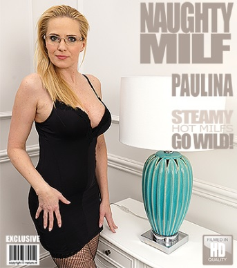 1_Mature.nl_presents_Paulina_W.__42__in_hot_MILF_playing_with_herself_-_06.03.2017.jpg
