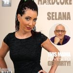Mature.nl presents Selana (49) in Naughty housewife fucking and sucking – 31.03.2017