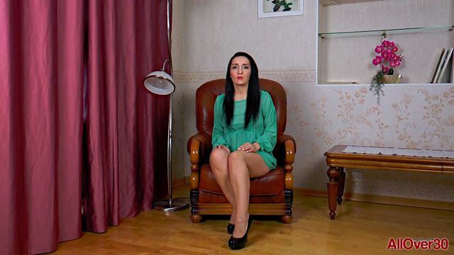 Watch Online Porn – Allover30 presents Di Devi 34 years old Interview – 25.03.2017 (MP4, FullHD, 1920×1080)