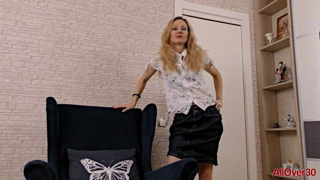 Allover30_presents_Foxy_Love_41_years_old_Mature_Pleasure_-_30.03.2017.mp4.00000.jpg