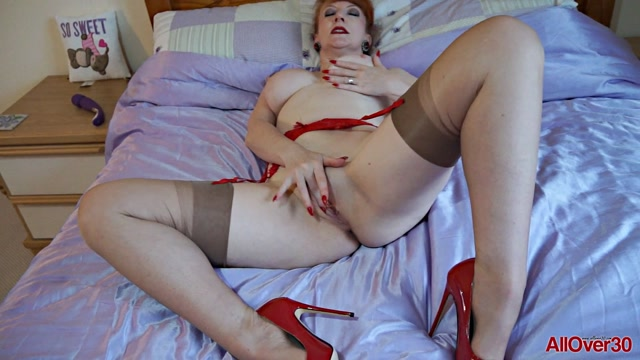 Watch Online Porn – Allover30 presents Red 53 years old Ladies with Toys – 17.03.2017 (MP4, FullHD, 1920×1080)