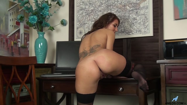 Anilos_presents_Jess_West_in_Hot_Mama_-_23.03.2017.mp4.00013.jpg