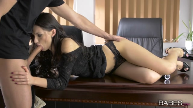 Watch Online Porn – Babes – OfficeObsession presents Sasha Rose in Quite The Package – 09.04.2017 (MP4, HD, 1280×720)