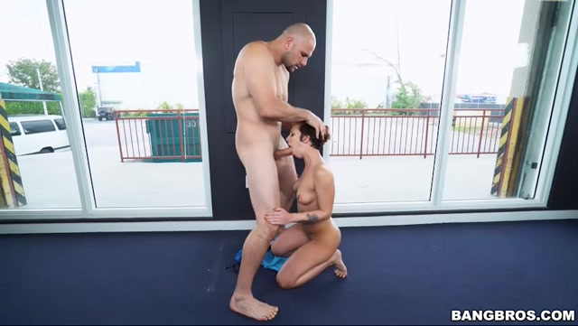 Watch Online Porn – BangBros – AssParade presents Jada Stevens does yoga for Ass Parade – 13.03.2017 (MP4, SD, 852×480)