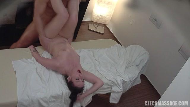 Watch Online Porn – CzechAV – CzechMassage presents Czech Massage 330 – 09.03.2017 (MP4, FullHD, 1920×1080)