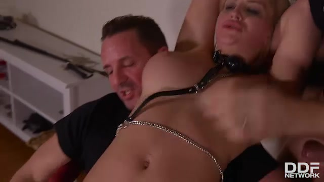 DDFNetwork_-_HouseOfTaboo_presents_Sienna_Day_in_Humiliated_Squirting_Subby__Double_Pee_Makes_Her_Squirt_-_30.03.2017.mp4.00010.jpg