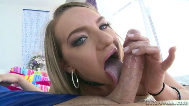 EvilAngel_presents_Cali_Carter_in_Big-Assed_Calis_Gaping_Anal_Audition.mp4.00010.jpg