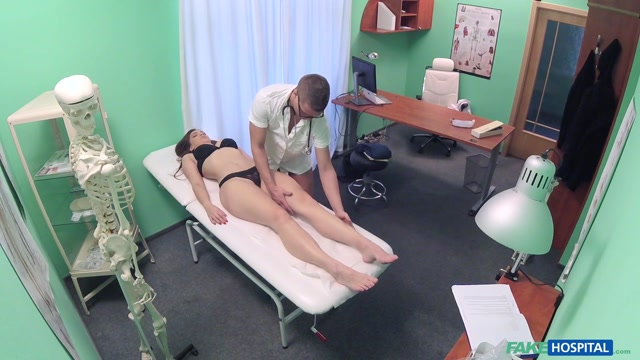 FakeHub_-_FakeHospital_presents_Ellie_Springlare_in_Multiple_Orgasms_from_Czech_Babe_-_22.03.2017.mp4.00004.jpg