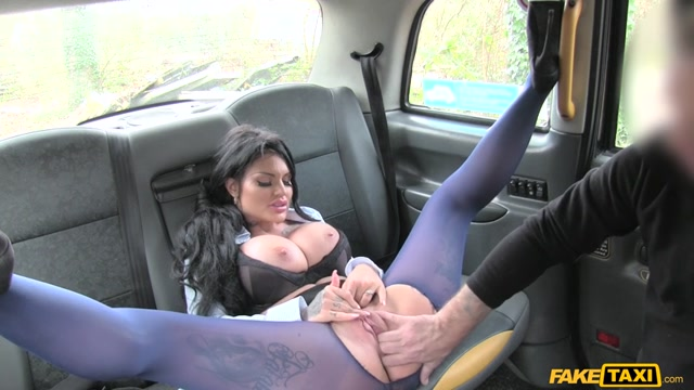 Watch Online Porn – FakeHub – FakeTaxi presents Candy Sexton in Big tits long hair and high heels – 09.03.2017 (MP4, SD, 854×480)