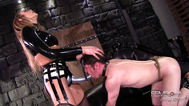 FemdomEmpire_presents_Blaire_Williams_in_Fucked_by_a_Goddess_-_22.03.2017.mp4.00015.jpg