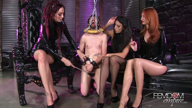 Watch Online Porn – FemdomEmpire presents Kendra James, Sablique Von Lux, Tangent in Public Ashtray – 14.03.2017 (MP4, FullHD, 1920×1080)