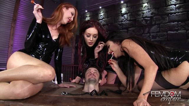 FemdomEmpire_presents_Kendra_James__Sablique_Von_Lux__Tangent_in_Triple_Slimed_Spittoon_-_06.03.2017.mp4.00000.jpg
