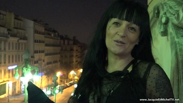 Watch Online Porn – JacquieEtMichelTV presents Lolita in A Sete avec la belle Lolita, 28ans! – 15.03.2017 (MP4, SD, 852×480)