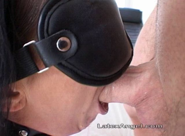 Watch Online Porn – LatexAngel presents Mouthfucked And Fisted (WMV, SD, 720×480)