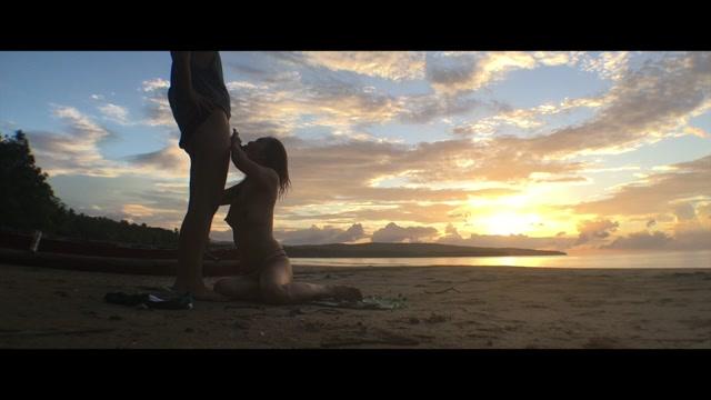 Watch Online Porn – ManyVids Webcams Video presents Girl NovaPatra in Super Hot Asian Public Fuck n Beach Sex (MOV, HD, 1280×720)