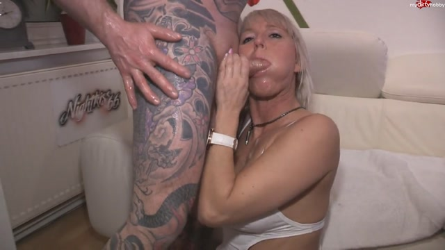 MyDirtyHobby_presents_geilertyp_in_Double_Fist_nightkiss.mp4.00015.jpg