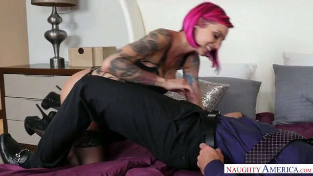 Watch Online Porn – NaughtyAmerica – DirtyWivesClub presents Porn stars: Anna Bell Peaks , Johnny Castle 22493 – 22.03.2017 (MP4, SD, 640×360)