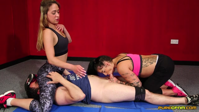 Purecfnm_presents_Kimmie_Foxx__Samantha_Page_in_Mixed_Wrestling_-_03.03.2017.mp4.00003.jpg