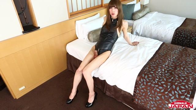 Shemalejapan_presents_Horny_Chihiro_Mitsuzuka_Cums_Hard__-_22.03.2017.mp4.00008.jpg