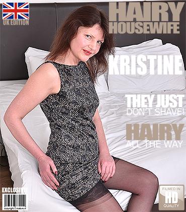 1_Mature.nl_presents_Kristine_Von_Saar__EU___48__in_British_hairy_housewife_fingering_herself_-_18.04.2017.jpg