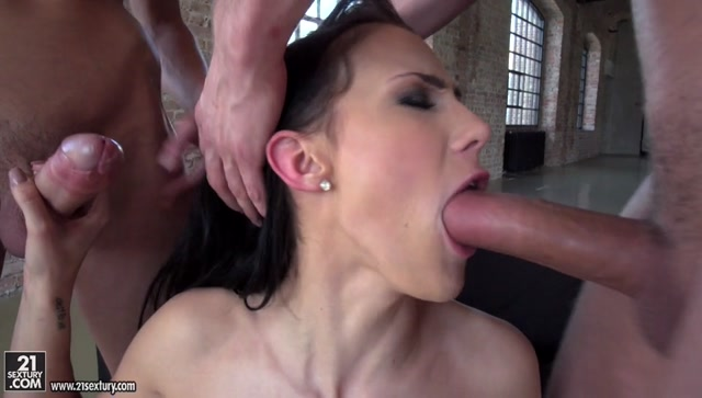 21Sextury_-_AssholeFever_presents_Nicole_Love_in_Anal_Invasion_-_22.04.2017.mp4.00014.jpg