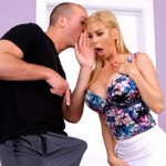 RealityKings – MilfHunter presents Alexis Fawx in Help Please – 03.04.2017