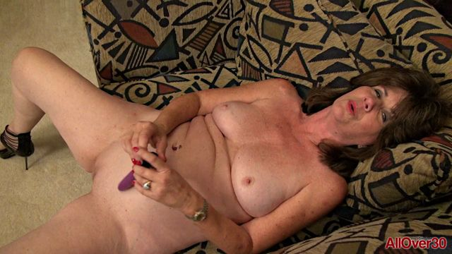 Allover30_presents_Jade_53_years_old_Ladies_with_Toys_-_29.04.2017.mp4.00015.jpg