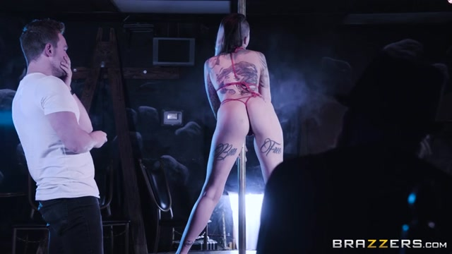 Watch Online Porn – Brazzers – RealWifeStories presents Leigh Raven in My Wifes A Stripper! – 19.04.2017 (MP4, SD, 854×480)